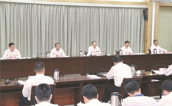 李锦斌全程参加指导亳州市委常委会专题民主生活会