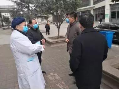 胡明文同志调研疫情防控工作,看望慰问一线医护人员